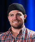 Stephen Amell Fansite