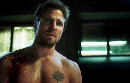 'Arrow' 5×17 'Kapiushon' Stills & Screencaps