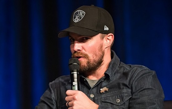 (19 May 2018) Stephen Amell at Wizard World Comic Con Day 2