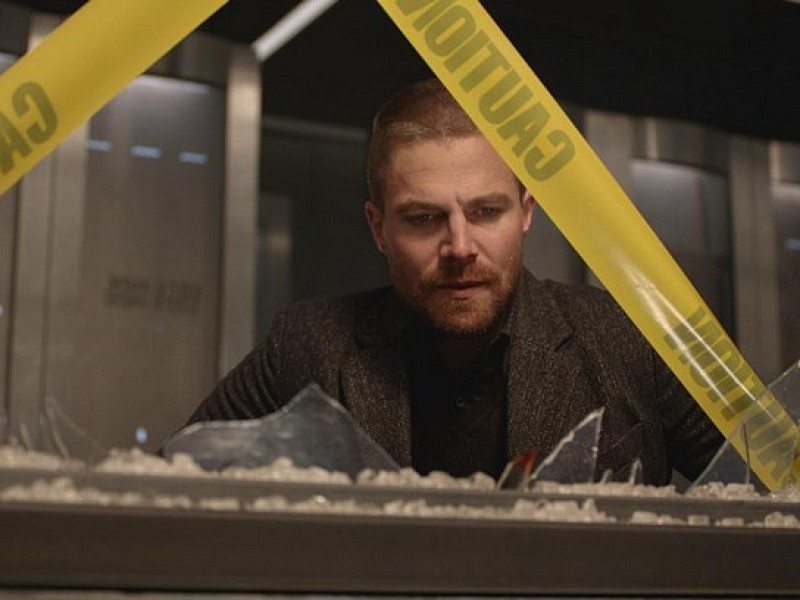 Arrow: 7×10 'Shattered Lives' Press Release, Video, Episode Stills