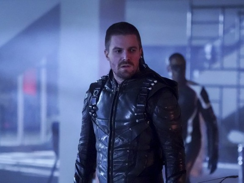 Arrow: 7×12 'Emerald Archer' Video, Press Release, Episode Stills