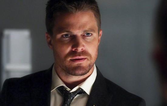 'Arrow' 5×21 'Honor Thy Fathers' Stills & Screencaps