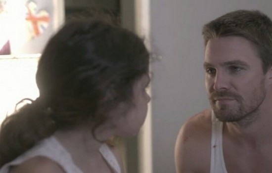(Videos) Stephen Amell On Mi Madre, My Father
